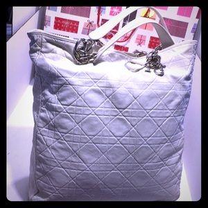HP 4/9 VTG DIOR White Leather Quilted Shoulder Bag